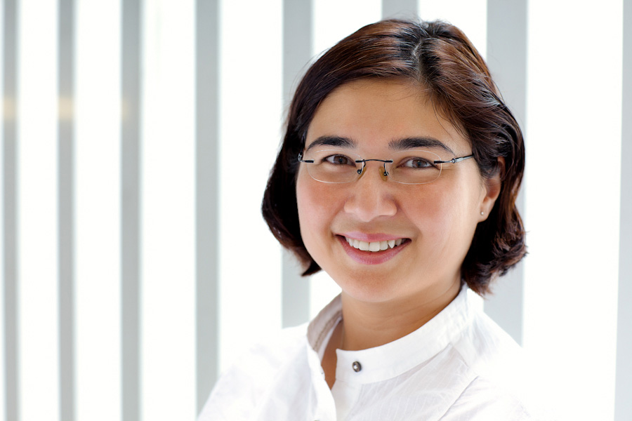 Dr Yasmin Akrum